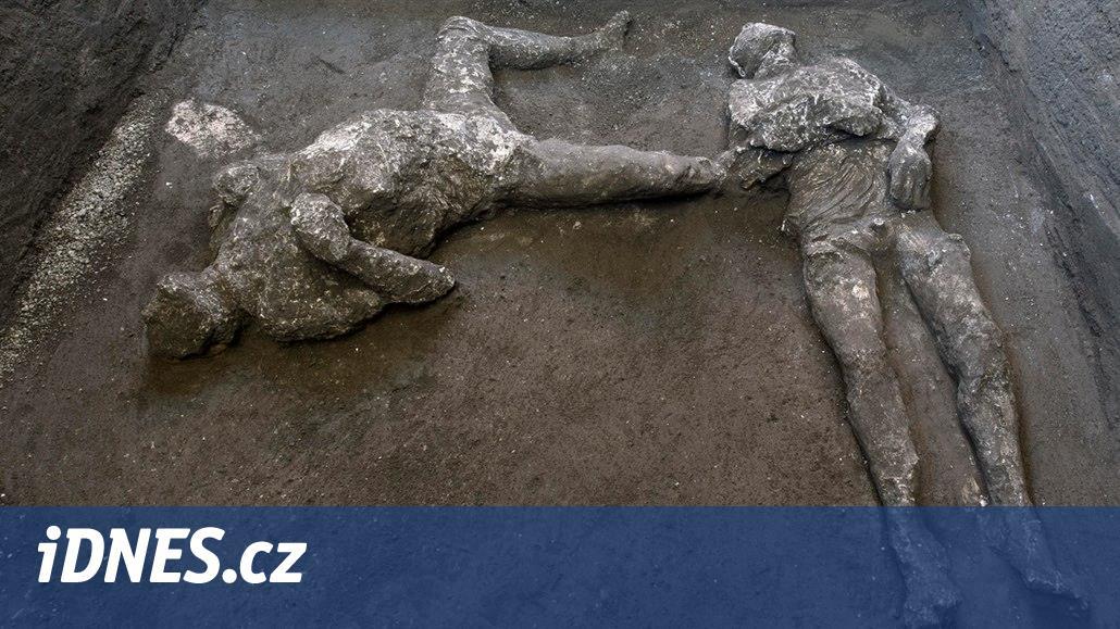 V Pompejích odkryli pozůstatky dvou mužů. Zřejmě boháče a jeho otroka