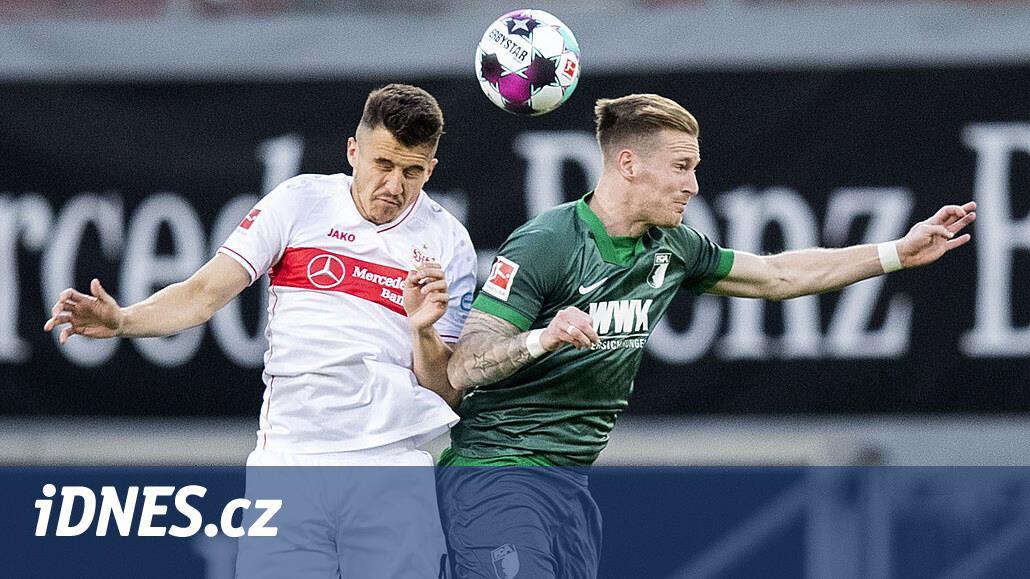 Fotbalistům Augsburgu nepomohl k bundesligovým bodům ani nový trenér