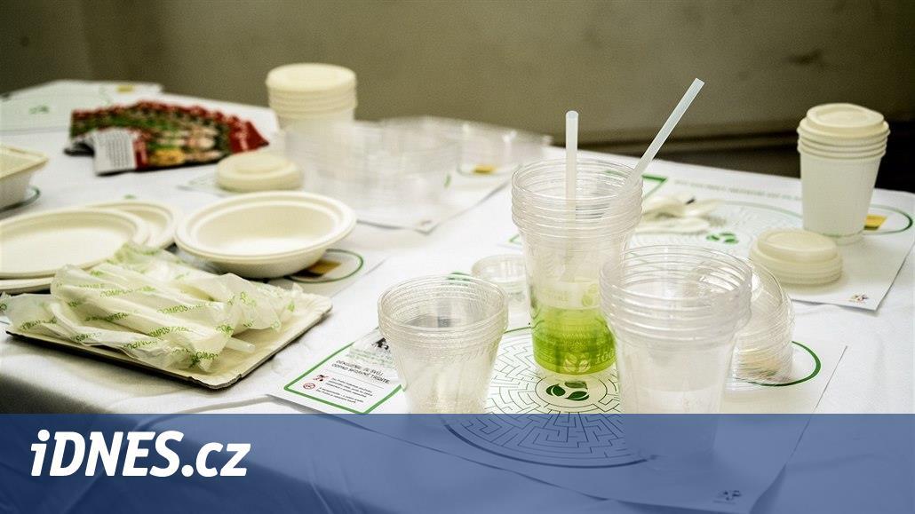 Zoo Praha začala zpracovávat kompostovatelné nádobí, pořídila linku