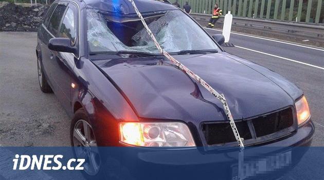 Muž na Prostějovsku přecházel dálnici, srazilo ho auto a na místě zemřel