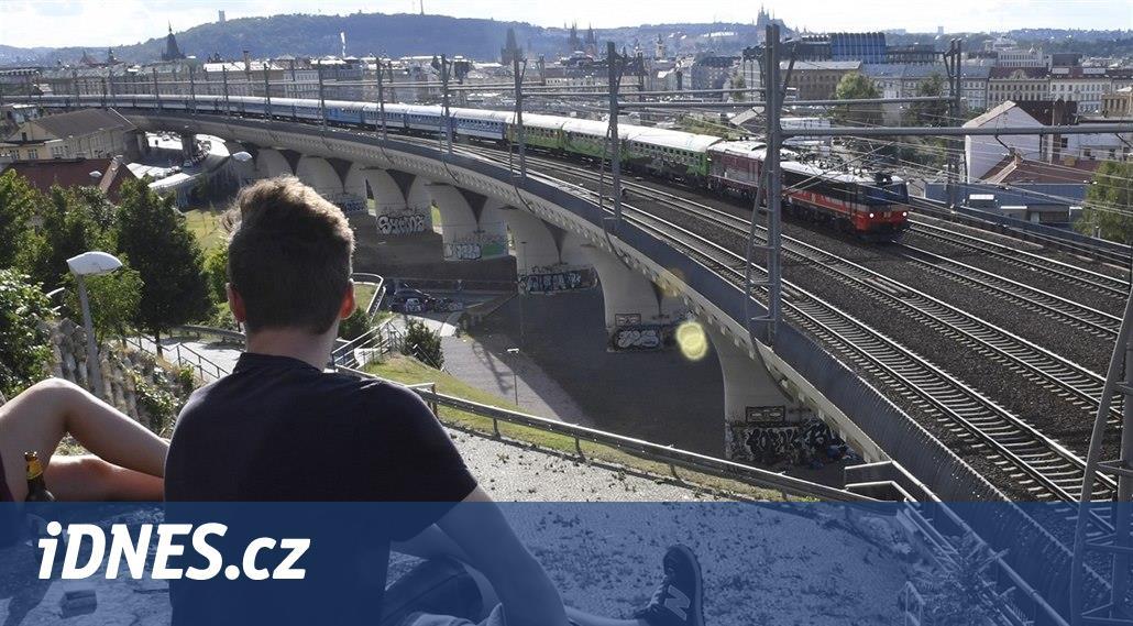 Ze Smíchova do rumunského Banátu vyjel vlak dlouhý téměř 500 metrů