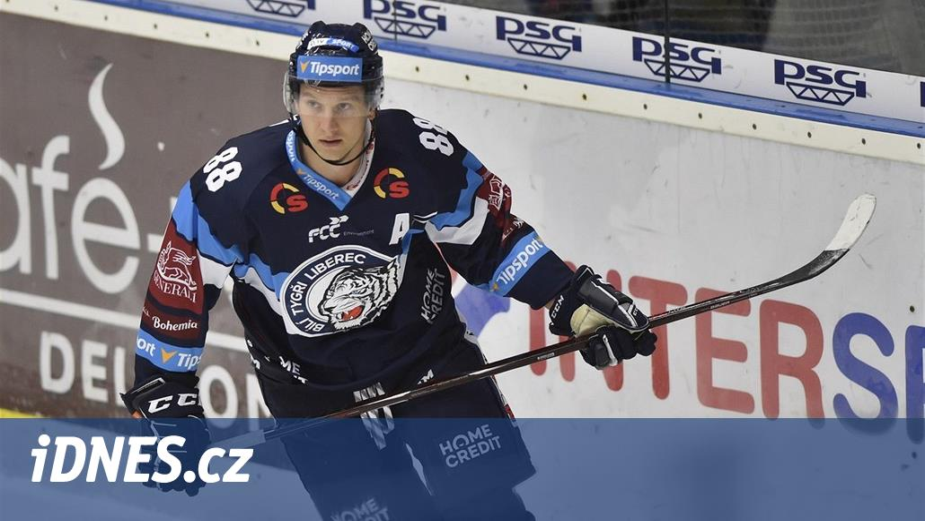Nejlepší střelec extraligy odchází. Bulíř jde za Jandačem do KHL