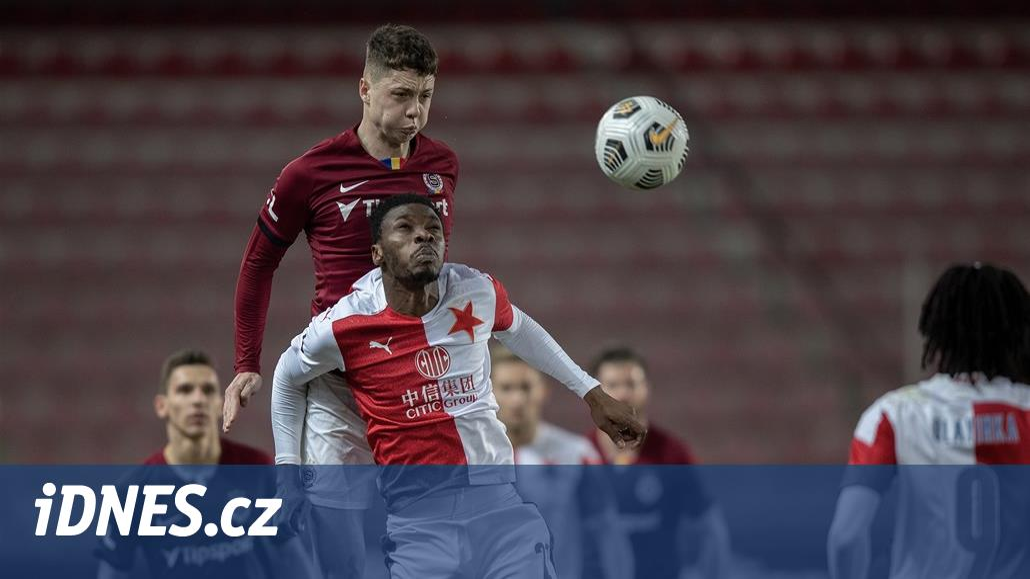 Slavia - Sparta, 298. derby bez zraněného Simy, hosté s Plavšičem i Wiesnerem