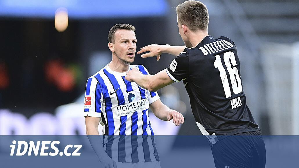 Frankfurt přišel o čtvrtou příčku, Darida si zahrál závěr s Bielefeldem