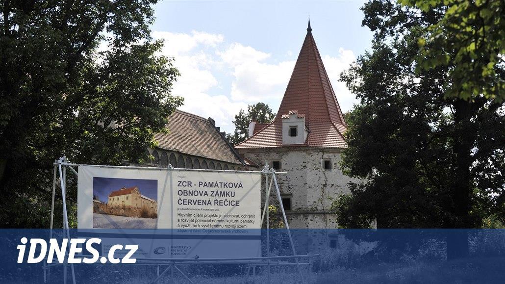 Zámek v Červené Řečici má dotaci na obnovu, o zakázku se ale nikdo nehlásí