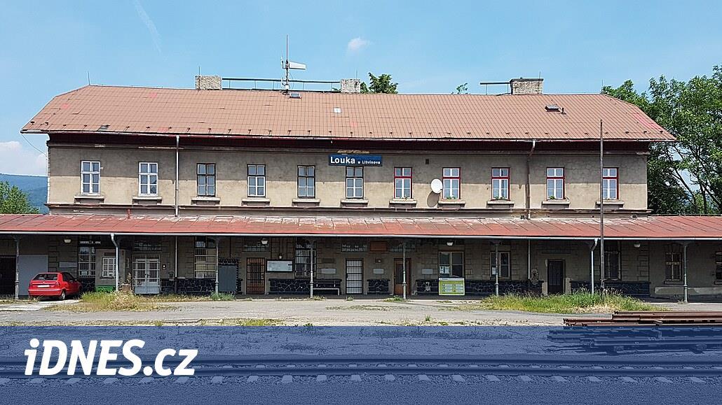 Stát chce prodat památkově chráněné nádraží u Litvínova, už ho nepotřebuje