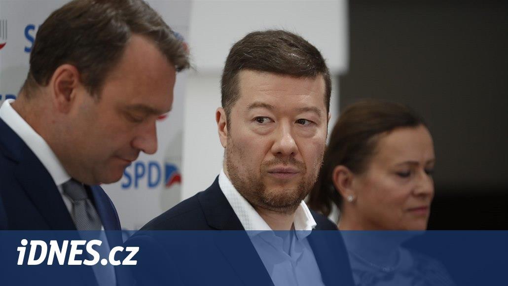 Trikolóra není vlastenecká jako SPD, neprosazuje odchod z EU, řekl Okamura