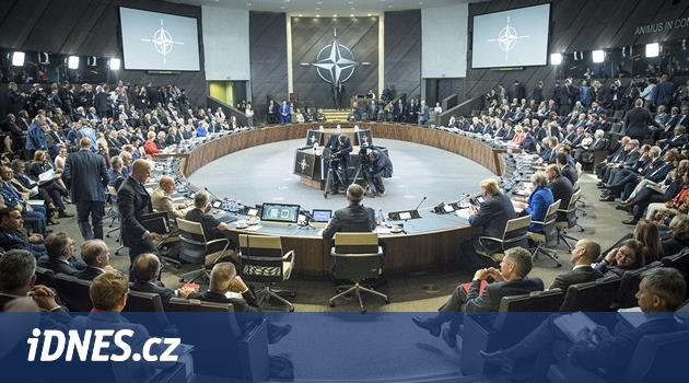 Česko žádá NATO o podporu vůči Rusku. Spojenci se sejdou znovu