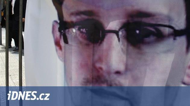 Snowden chce azyl v Rusku. Zůstane, když přestane škodit USA, řekl Putin