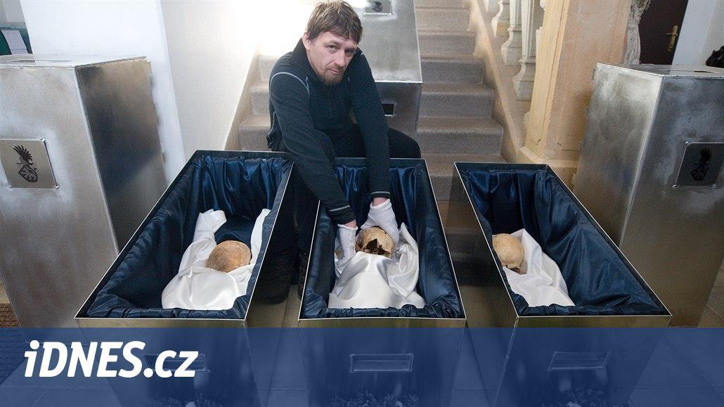 Ostatky Valdštejnů se vrátily do hrobu. Dokázaly, že je Jilemnice starší