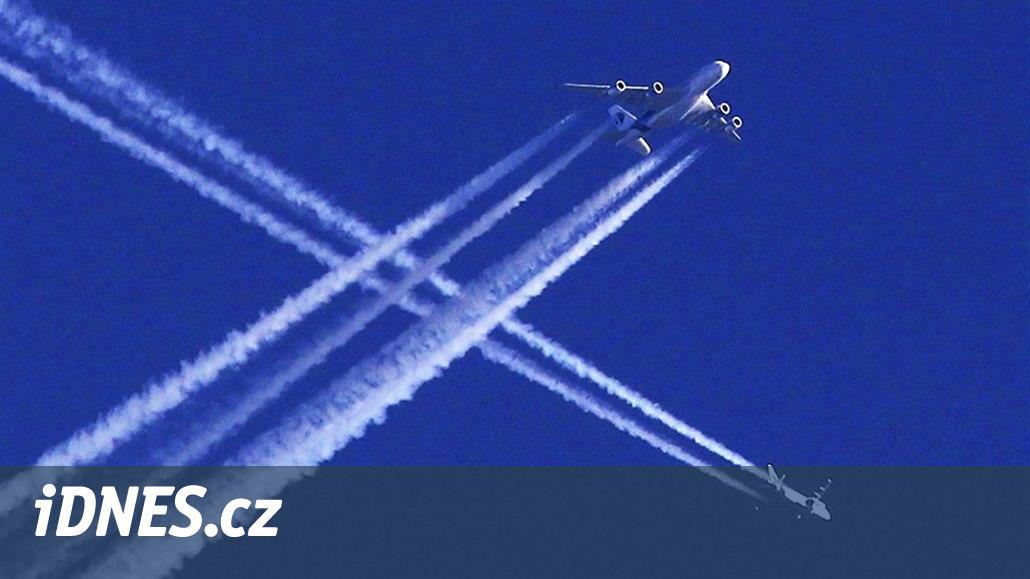 Klady koronaviru: emise z omezené letecké dopravy výrazně ubyly o třetinu
