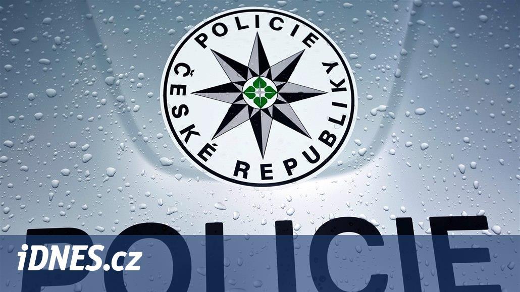 Státní policii při náboru pomáhá tučný příspěvek ve výši 75 tisíc korun