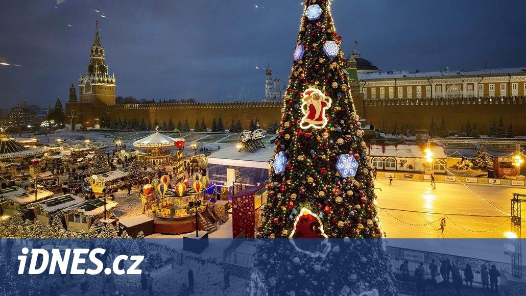 OBRAZEM: Svařák, Santa a ozdoby. Vánoční trhy najdete nejen v Evropě
