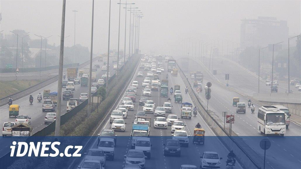 Indická technologická centra dusí úspěch, IT firmy čeká smog a zácpy