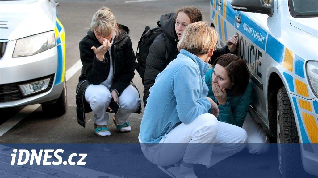 Lidé už poslali rodinám obětí střelce čtvrt milionu, pomůže i Baník