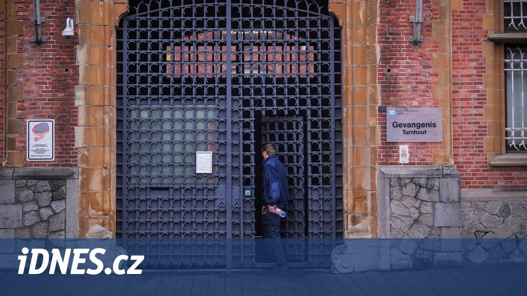Zdravím z Thajska. Belgičan se v dopise vysmál věznici, ze které uprchl