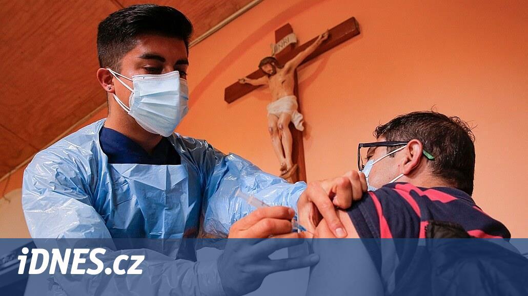 Chile masivně očkuje čínskou vakcínou, počty nakažených přesto stoupají