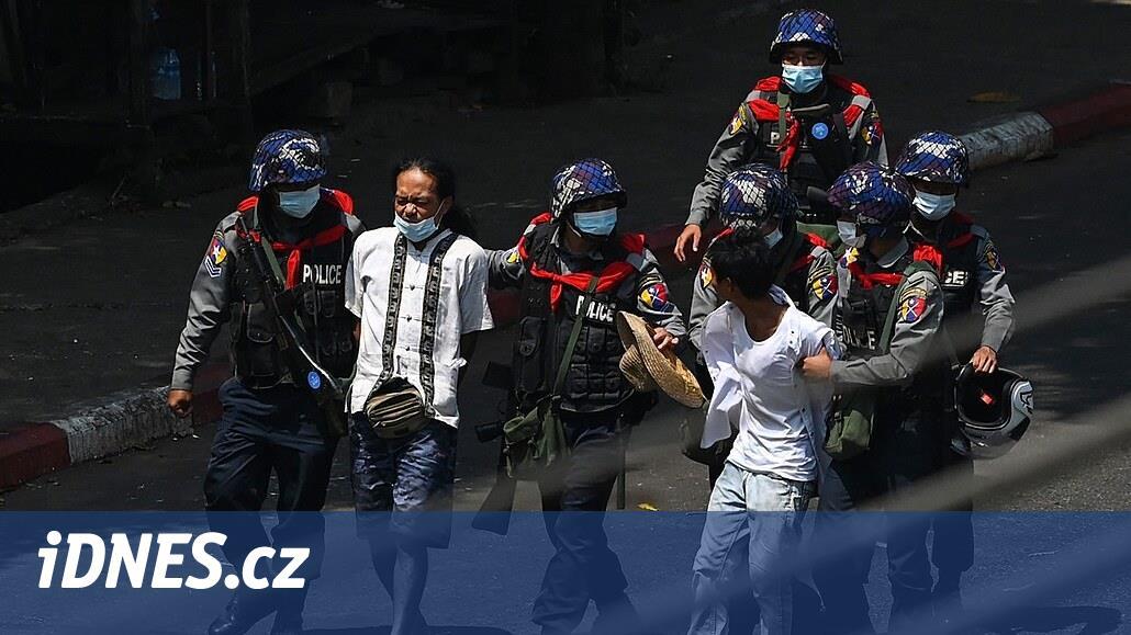 Barmská armáda unáší mladé muže. Chce tak potlačit povstání