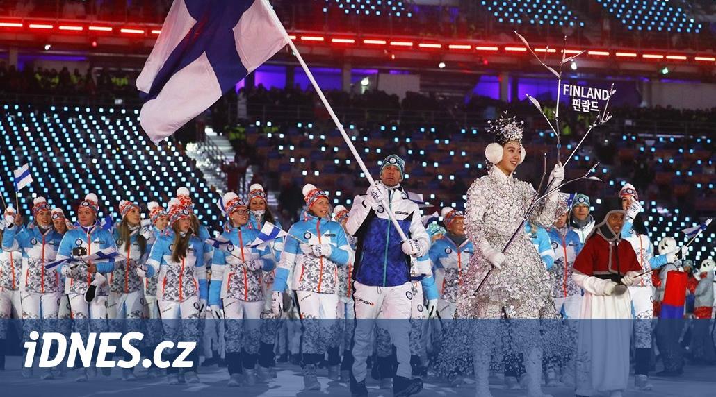 Olympijská móda: vyhřívané bundy, sněhule, ale i šátky a jezdecké boty