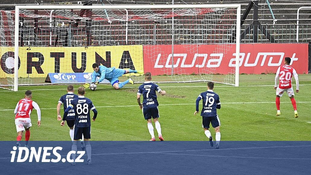 Pardubice - Zlín 0:0, sedmý zápas bez výhry, Cadu nedal penaltu