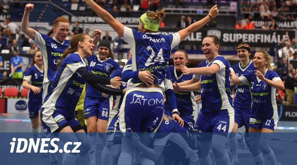 Ženské superfinále v těsné bitvě ovládly florbalistky Vítkovic