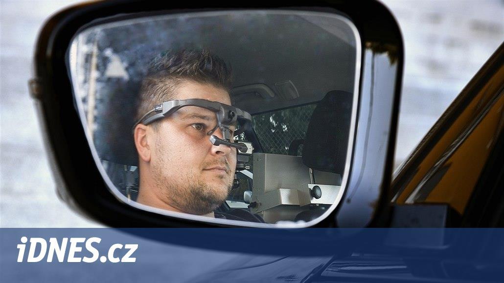 Auto plné snímačů zkoumá chování řidiče za jízdy, měří i svalovou aktivitu