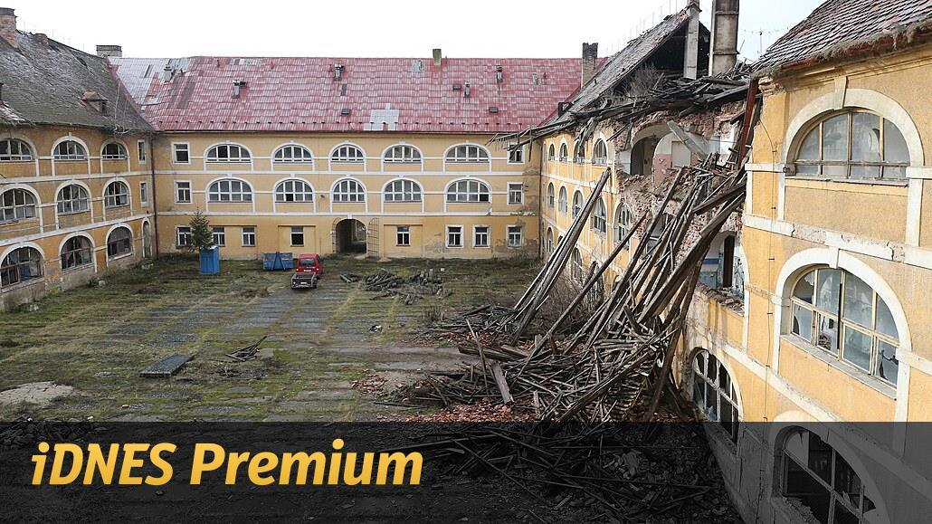 Josefov a Terezín na mizině. Barokní pevnosti se bortí, hrozí demolice