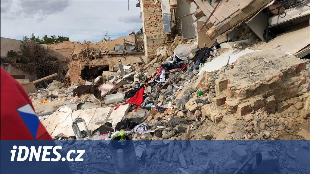 Obětí výbuchu domu v Mostkovicích byl zřejmě profesionální hasič
