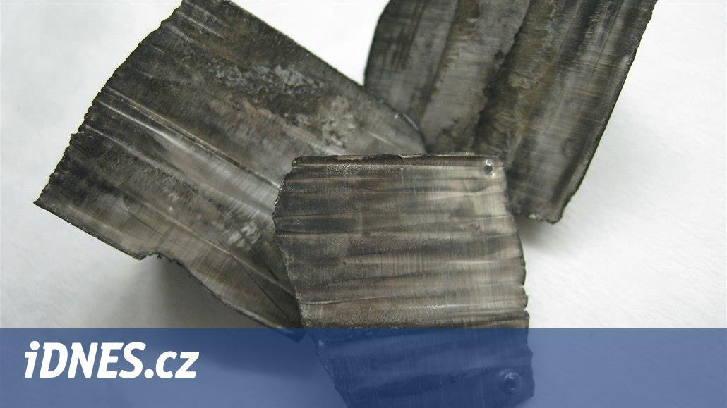 Zájemce o těžbu lithia dokazuje českým úřadům, že je australskou firmou