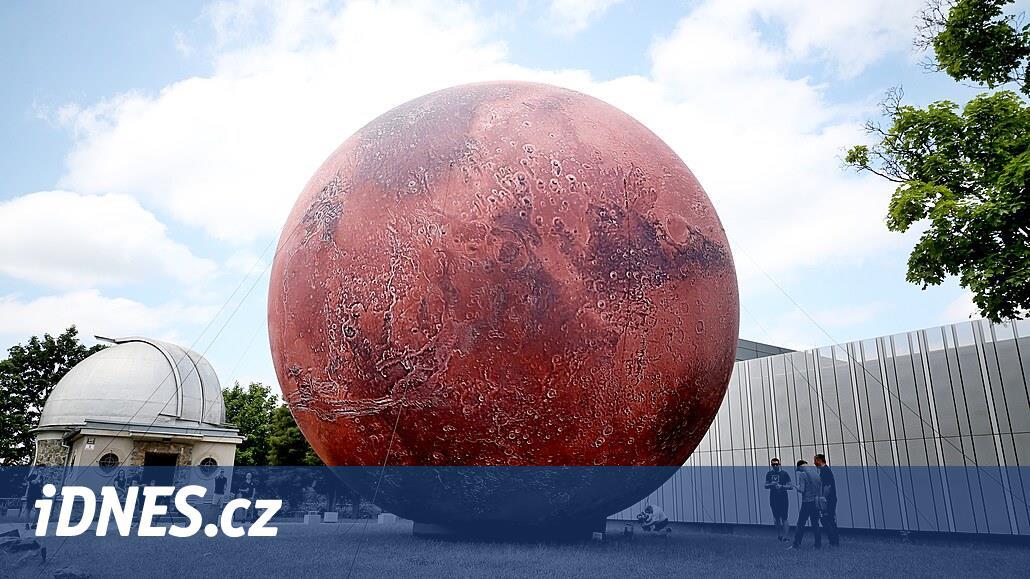 V Brně se objevil model Marsu, mraky tentokrát tvůrci použít nemohli