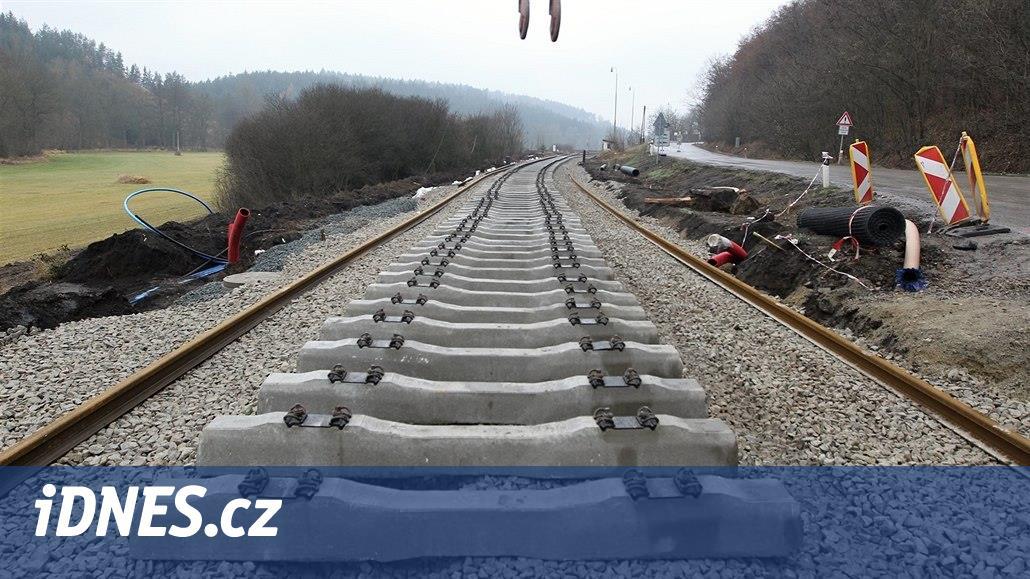 Stavba koridoru pro vlaky z Prahy na jih může začít, Strabag ustoupil