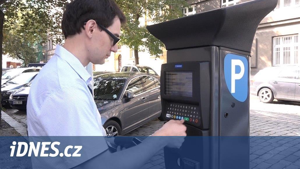 Parkování v Brně půjde zaplatit kartou. Město koupí nové automaty
