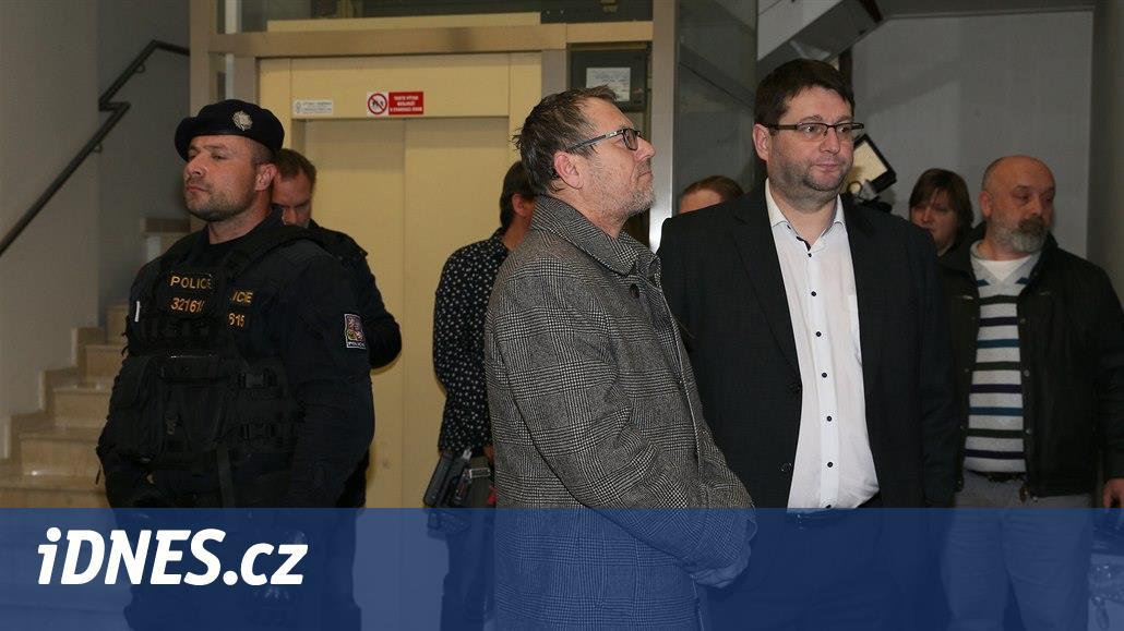 """Varnsdorfské radary firmě """"přihrály"""" 23 milionů korun, zjistila policie"""