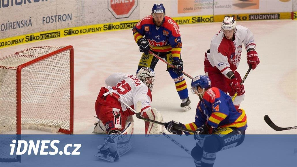Karlovy Vary porazily Vsetín, Slavia přehrála České Budějovice