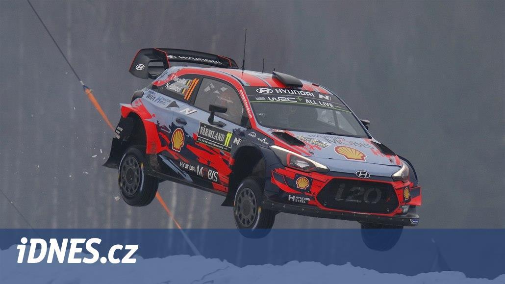 První etapu Rallye Monte Carlo vyhrál Neuville před Ogierem