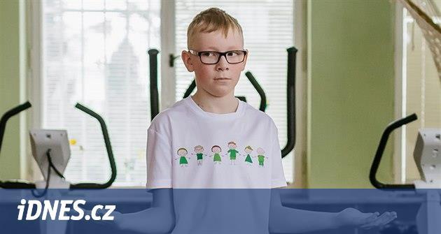 Syn má juvenilní idiopatickou artritidu, diagnózu odhalili až za půl roku