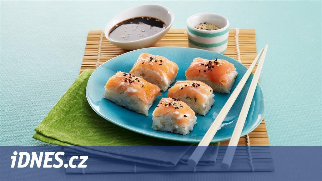 RECEPT DNE: Lososové sushi kostky