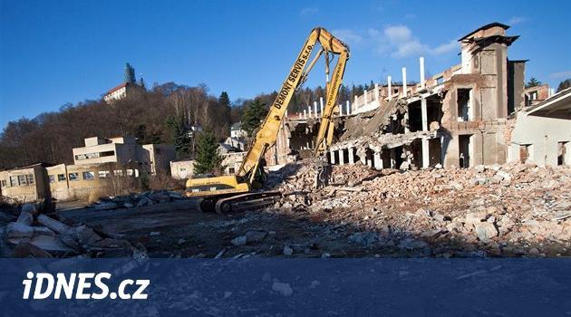Náchod koupí ruinu Tepny, místo plánovaných obchodů chce novou čtvrť