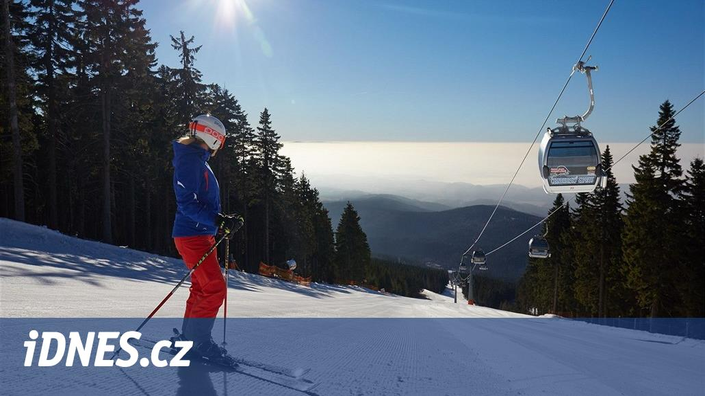 Počasí lyžařům přeje. V lyžařských střediscích panují ideální podmínky