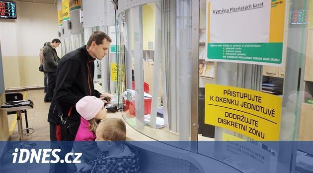 O Plzeňskou kartu žádá třikrát víc lidí, lákadlem je doprava zdarma