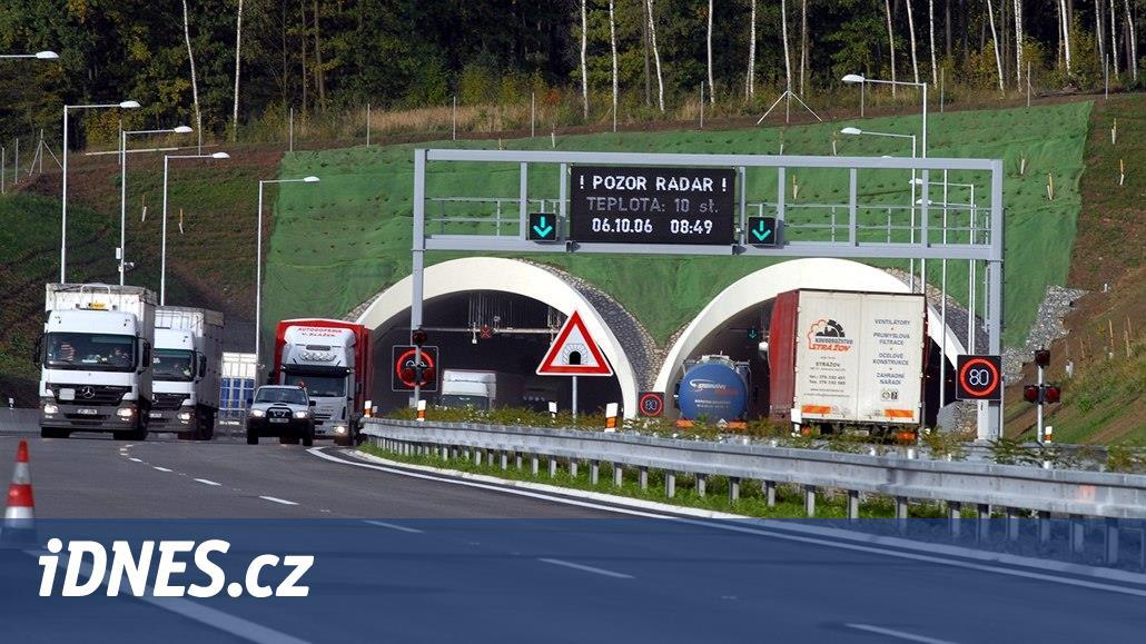 V českých tunelech se má konečně začít jezdit stovkou. Valíkem už letos