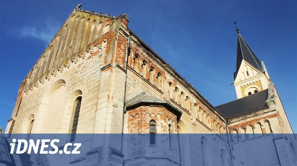 V rámci Noci kostelů budou moci zájemci vejít do věže kostela v Lobzích