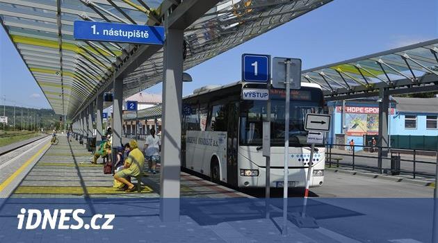 Ledečsko o přímé autobusy do Brodu nepřijde, uhájilo čtyři spoje denně