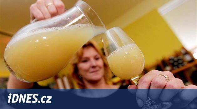 Sňatek vína s chmelem. Vinné pivo chutná trochu jako tropické ovoce