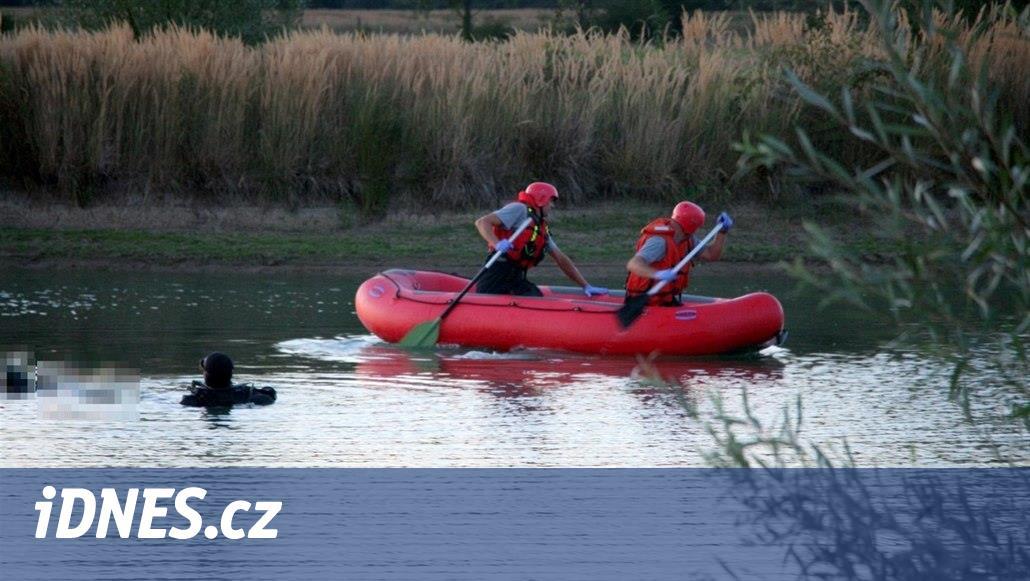 V Třebonicích se topil chlapec v rybníce, vezou ho do nemocnice
