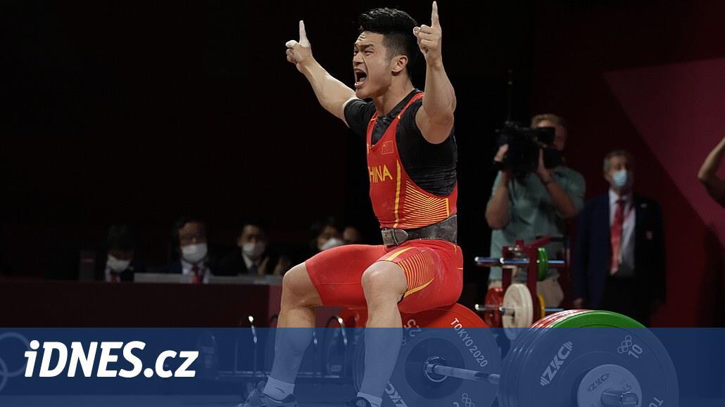 Čínský vzpěrač Š' Č'-jung ovládl ve světovém rekordu soutěž do 73 kg