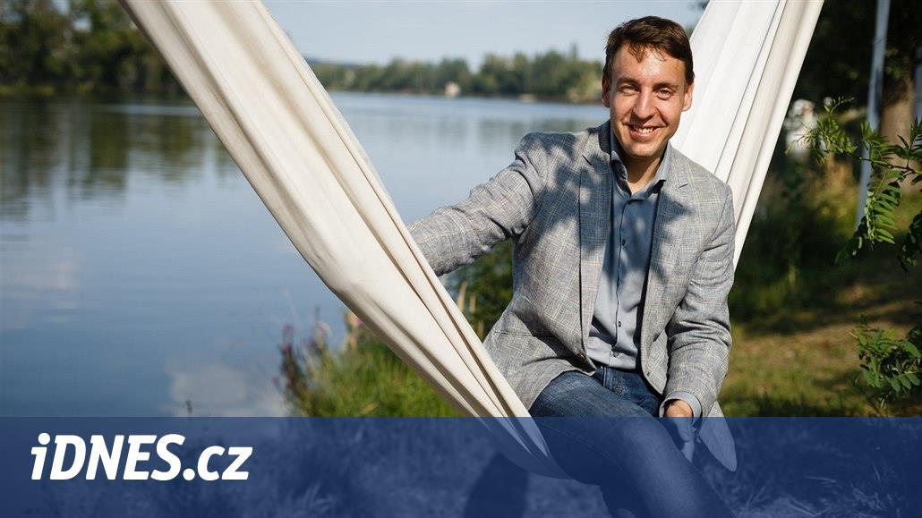 Lídr Zelených Ondřej Mirovský slibuje výstavbu městských bytů