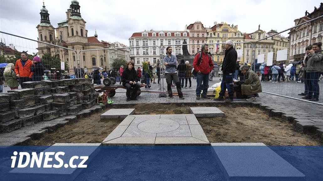 Mariánský sloup se vrátí do centra Prahy, zastupitelé zrušili své ne