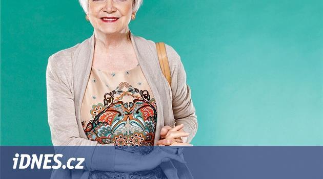 OBRAZEM  Móda není jen pro mladé dívky. Stylové oblečení pro babičky -  iDNES.cz 49af4dd80c