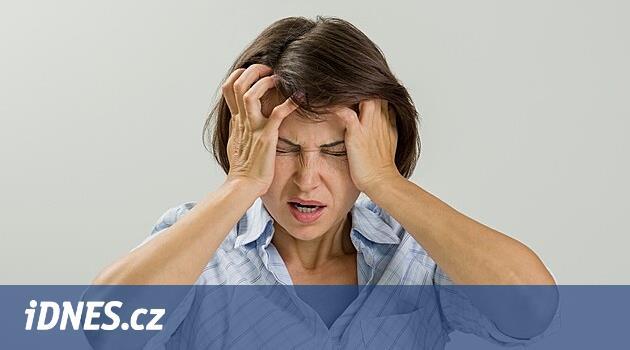 Sedm vět, které byste nikdy neměla říkat zdrcené kamarádce po rozchodu